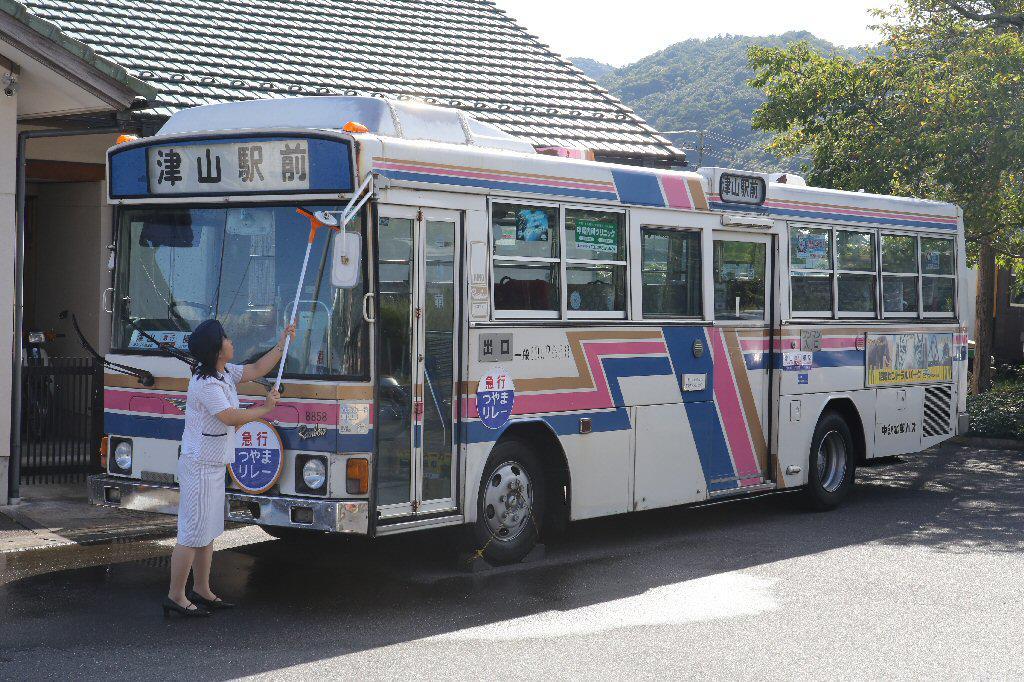 運用予定中鉄北部バス日野RJレインボー.JPG