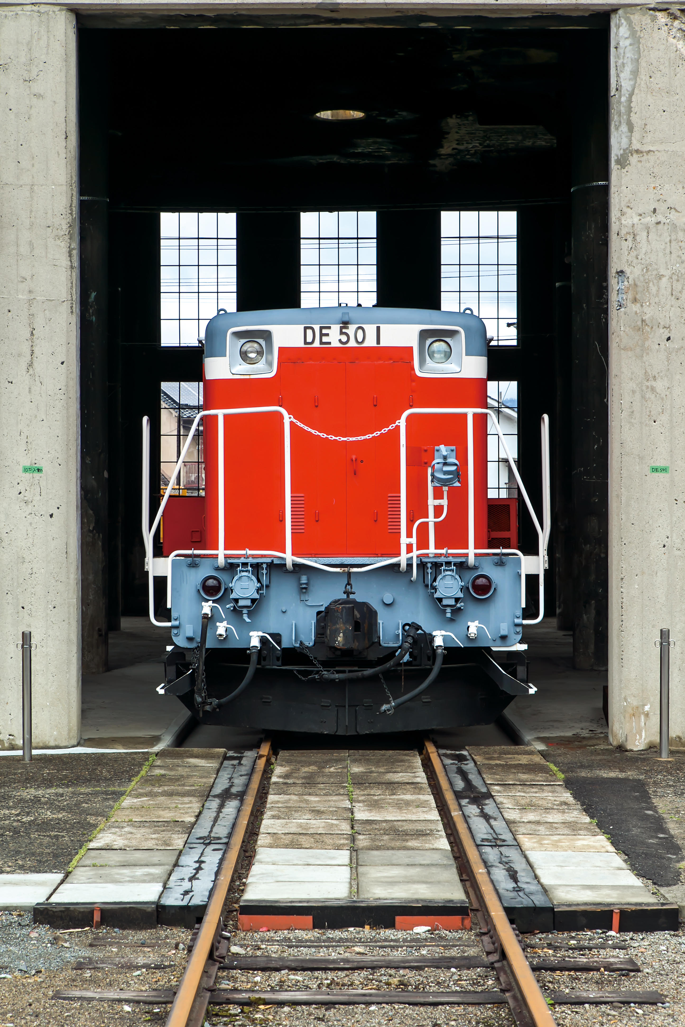 DE50形ディーゼル機関車1号機.jpg